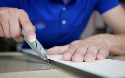 Comment découper du plexiglass ?