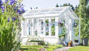 serre de jardin en plexiglass