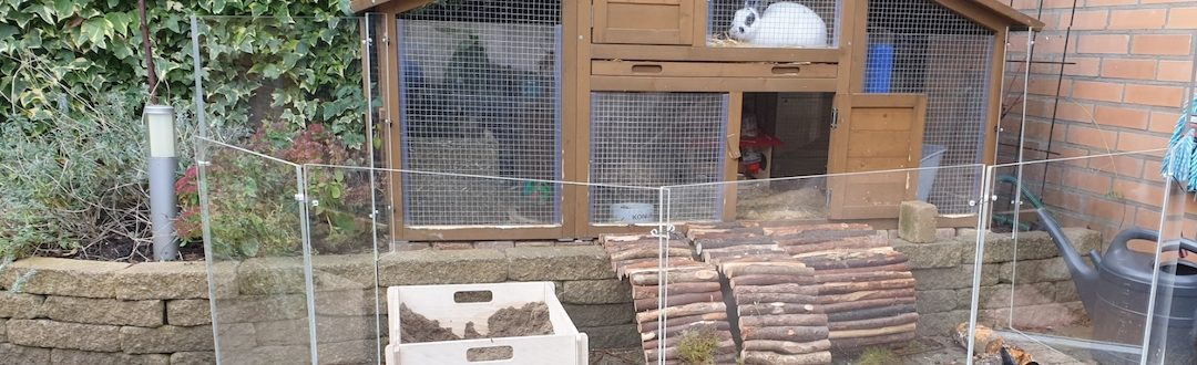 Fabriquer un brise-vent pour un clapier à lapins avec du plexiglass