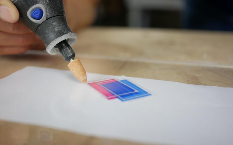 Gravure sur plexiglass