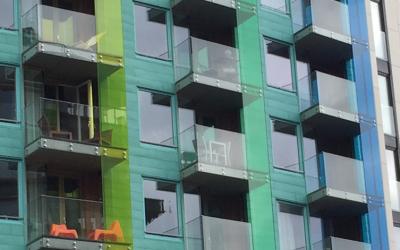 Vitrage acrylique pour balcon