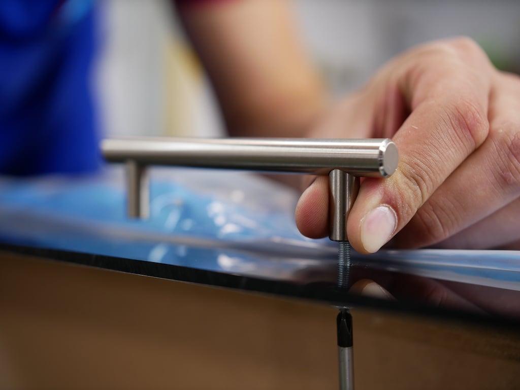 Plateau pouf en plexiglass fixer poignees