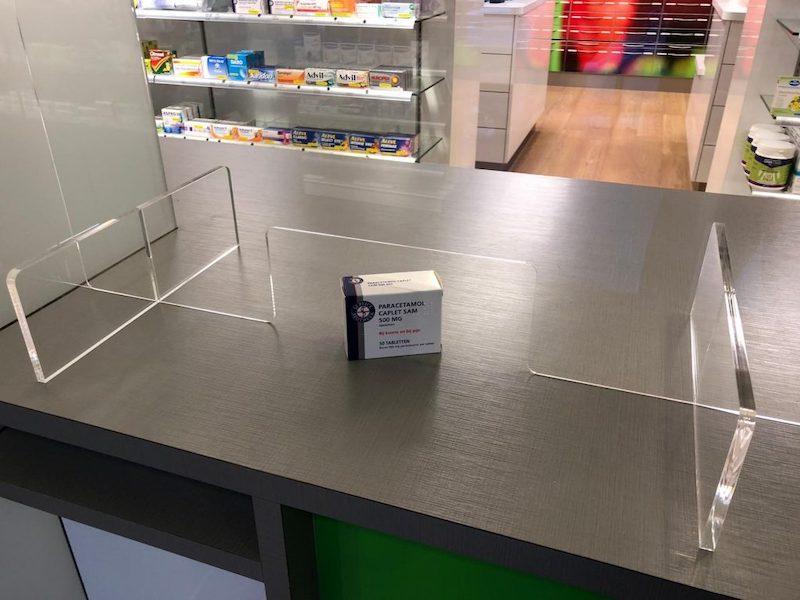 Mur de protection plastique pharmacie