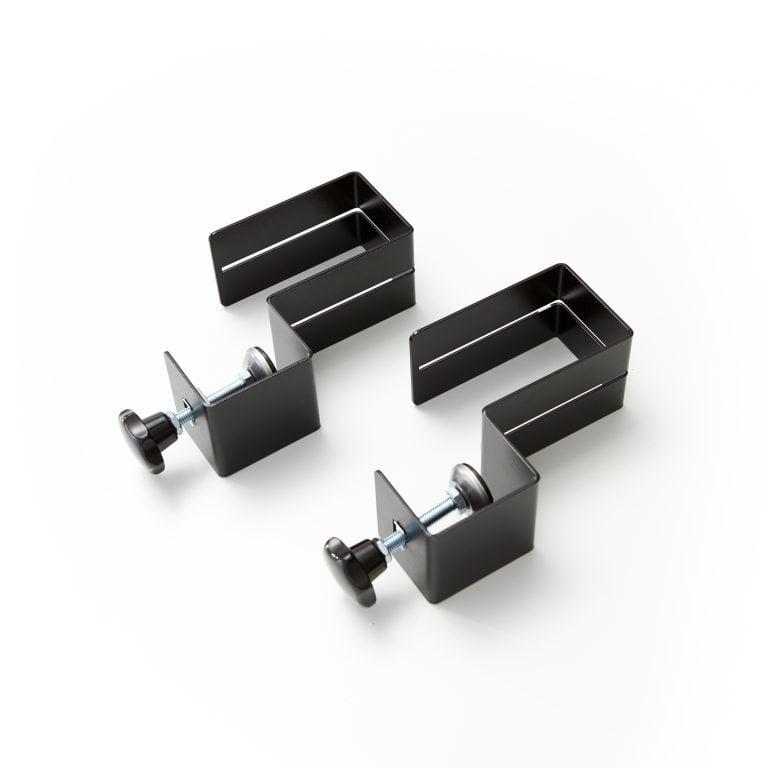 Des pinces pour plaque plexiglass