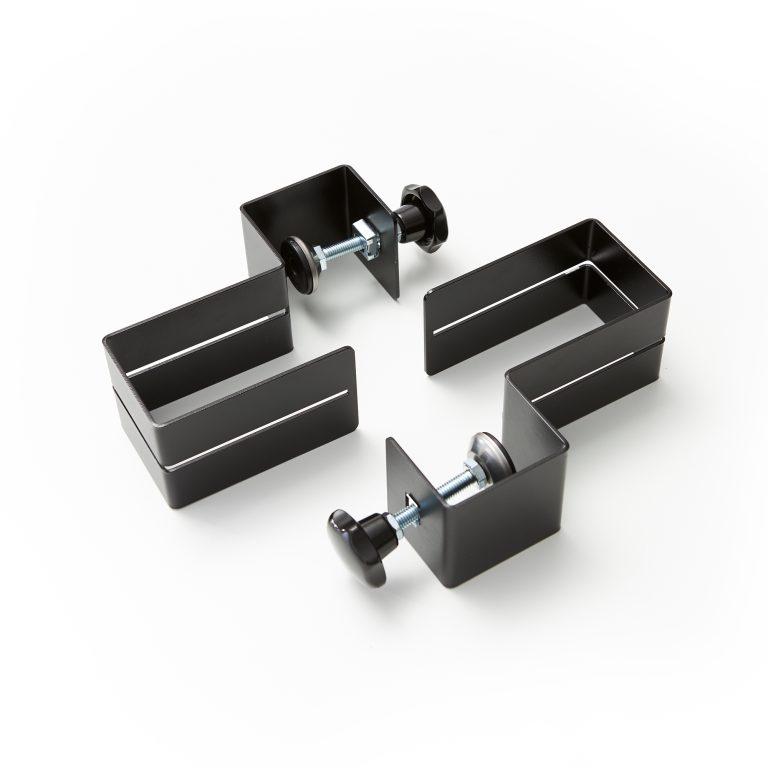 Des pinces pour plaques plexiglass