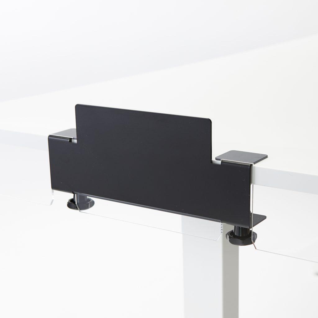 Pince pour monter plexiglass sur bureau ou table