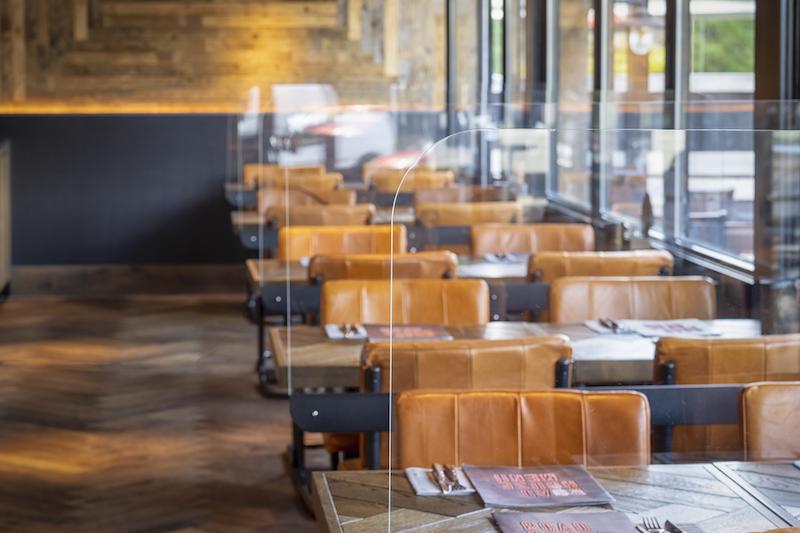 Des pauses sûres dans le restaurant d'entreprise