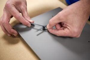 Fabriquer un porte-cles mural fixation horloge