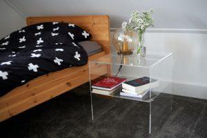 table de chevet en verre