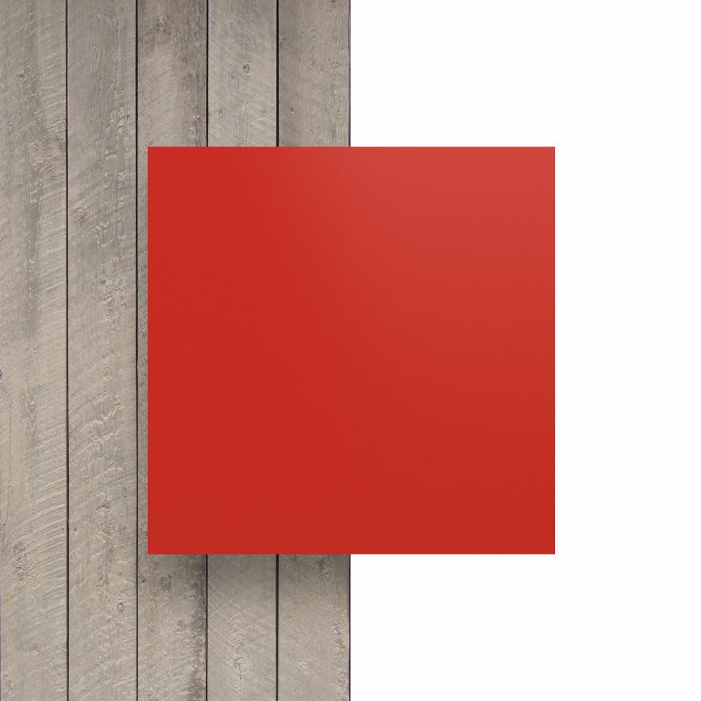 Devant plaque de lettres rouge signalisation mat